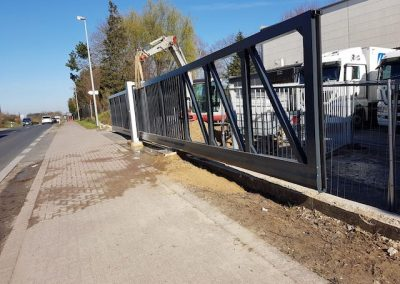 zaun-und-toraufbau-00303